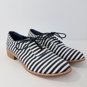 Gap Structured Oxford Shoes Lace Up  Blue White 6